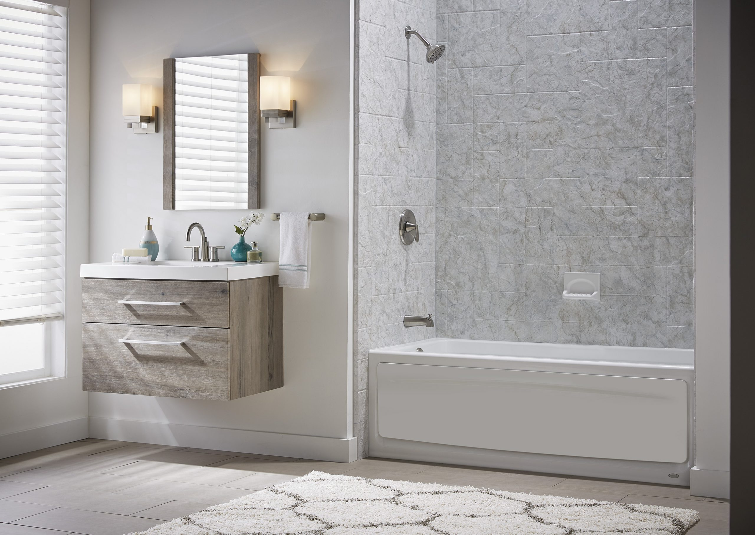 The Pros and Cons of a Bathtub Shower Combo