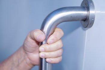 Alternative Options to Bathtubs for Seniors
